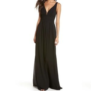 Lulus V-Neck Chiffon Gown Black Size Small